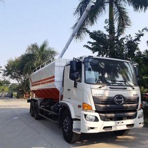 xe bồn chở cám Hino FL8JT7A